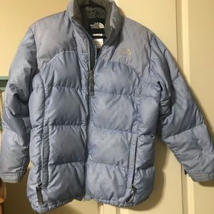 Girls size xL down coat from The North Face! 💙❄️